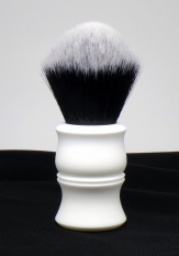 """Flora Blanca"" Custom - 26mm Tuxedo"