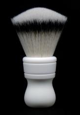 """""""Colonial III"""" (Urethane resin/matte finish) - 28mm Faux Silvertip Fan"""